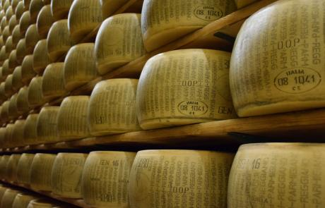 MEULES fromages italiens AOP